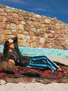 burda style: Damen - Hosen - Ausgestellt / Bootcut - Hüfthose - Streifenstoff