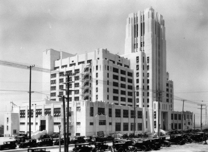 #ArtDeco   Sears Building, East Ninth Street (later renamed Olympic Boulevard) at Soto, Boyle Heights, Los Angeles, 1927.