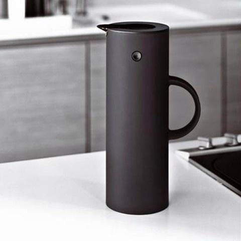 Stelton Vacuum Jug Soft Black