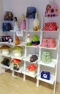 Kinderwinkel O'Livia specialist in het stylen en decoreren van kinderkamers. Kids store in Hardegarijp, Netherlands.