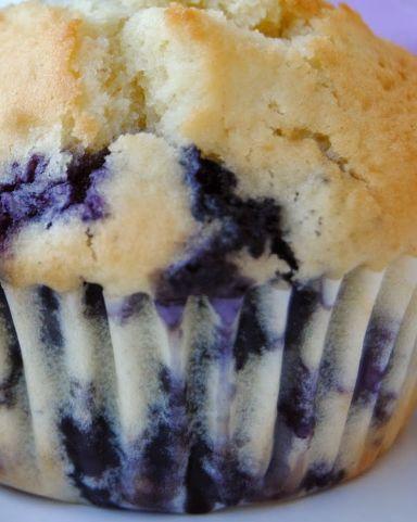 Buon giorno, buon martedì Bimbyni e Bimbyne!!! :D Muffins Mirtilli e Ciliegie...!!! :D Provate questa ricetta e ditemi se vi piace!!! :D http://www.bimby-ricette.it/2016/05/bimby-muffins-mirtilli-e-ciliegie.html
