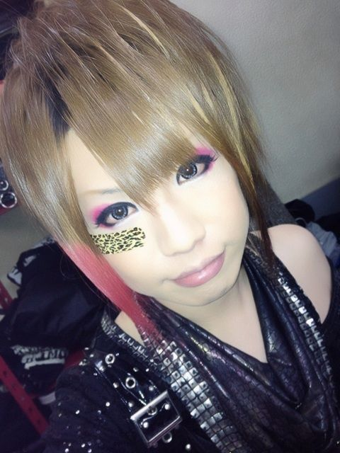 Takafumi (MoNoLith) How can anyone not think this face is adorable!