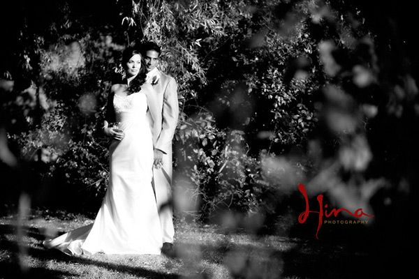 wedding photo ideas and poses | MARRIEDS: "|600|400|?|en|2|61509b7d5f58b97d5973dd03e24c6b7f|False|UNLIKELY|0.2964743673801422