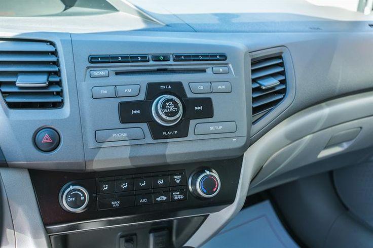 Honda Civic Sdn 2012 - Véhicule usagé à vendre - Honda Ste-Rose