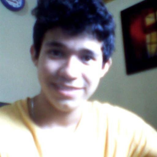 Cesar Arroyo ® (cesar_walf) en Twitter