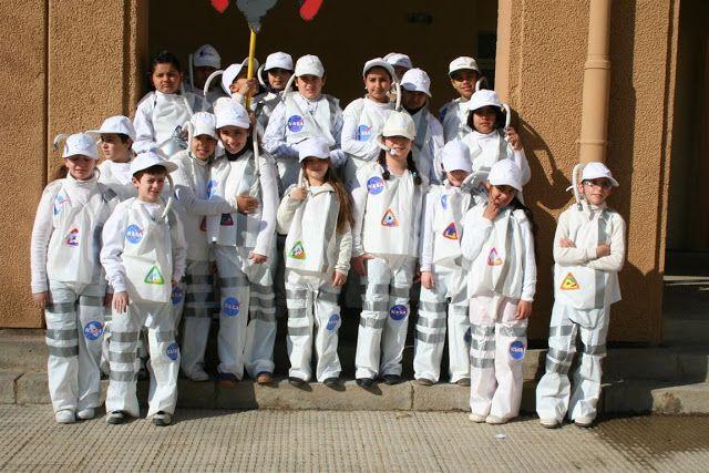 """Carnaval 2011 """" Els oficis"""" - Escola Llibertat - Astronautes"""