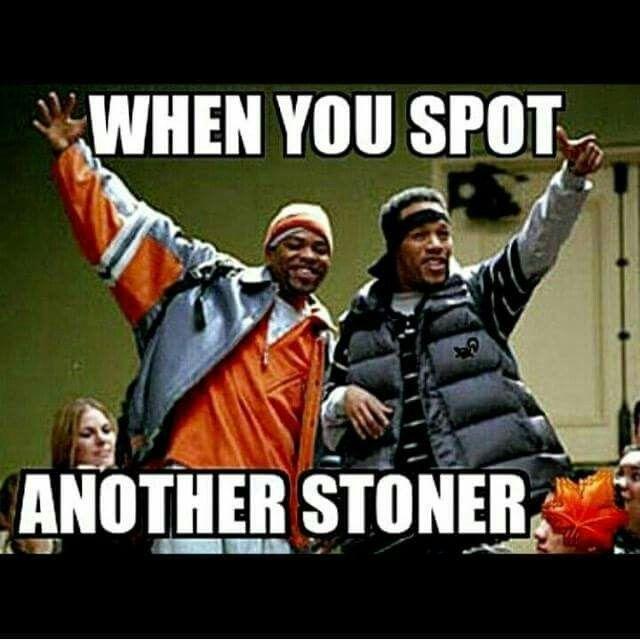 Het groepje van Richard op school was beter bekend als de 'stoners'. Iedereen ging ervan uit dat ze hangjongeren waren, dat ze spijbelden en tijdens schooltijd dronken  en drugs gebruikten. Volgens Richard hadden ze ergens wel gelijk, maar ze wisten niet waarom ze zo waren.