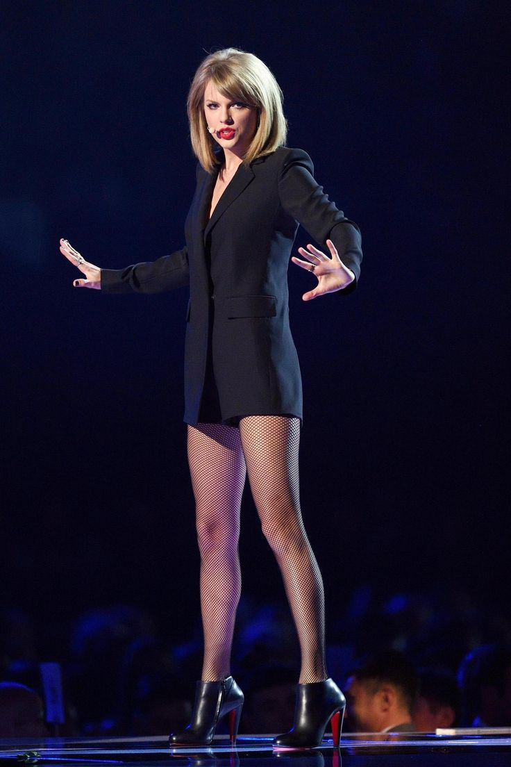 Taylor Swift Blank Space.