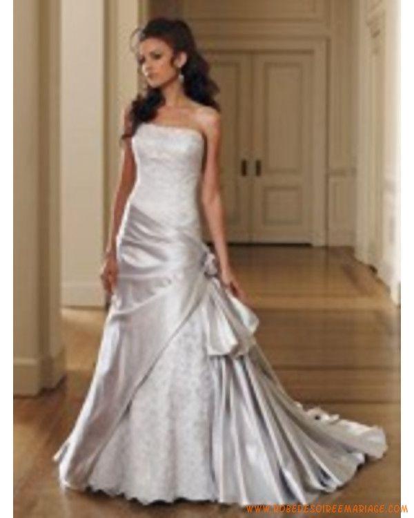 Créateur robe de mariée en taffetas et en dentelle
