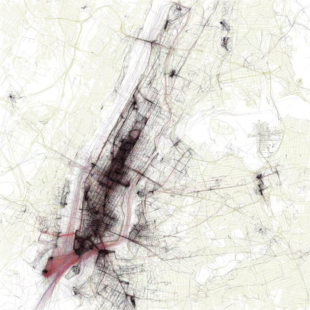 World atlas of Flickr geotaggers is maptastic_by Eric Fischer.  Este mapa muestra la densidad de imágenes georeferenciadas en flickr por ciudadanos locales y turistas, así como el medio de transporte que utilizan: negro_peatón; rojo_ciclista