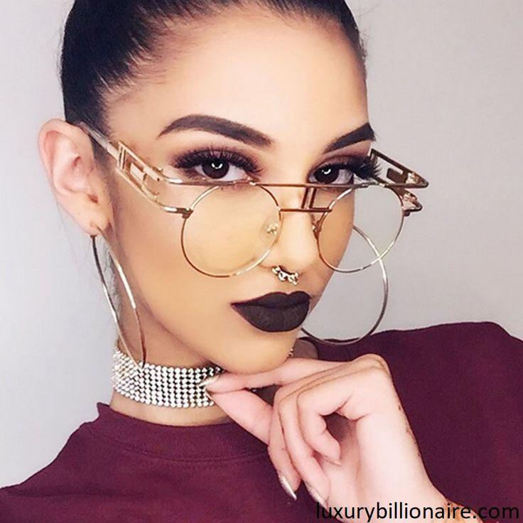 """#lunette #glamour #chic pour être #tendance cette été avec le code #Promo """"LUXURY16"""" la deuxième paire de votre choix est offerte. www.luxurybillionaire.com #mode #femme #lifestyle #luxe"""