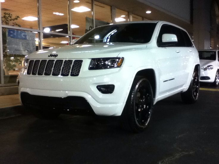 The New 2015 Jeep Grand Cherokee Altitude Units Have