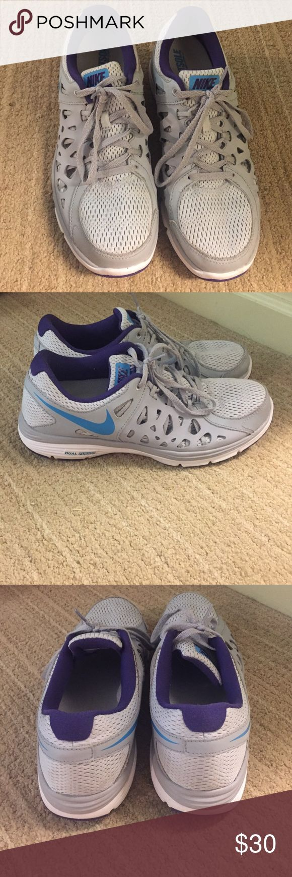 Nike dual fusion tennis shoes Worn once! Great condition Nike Shoes Athletic Shoes
