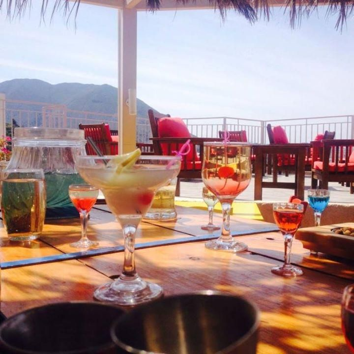 Σας περιμένουμε για κοκτέιλ στη βεράντα μας!! | Join us for #summer #cocktails in our terrace!! cressa.gr #crete