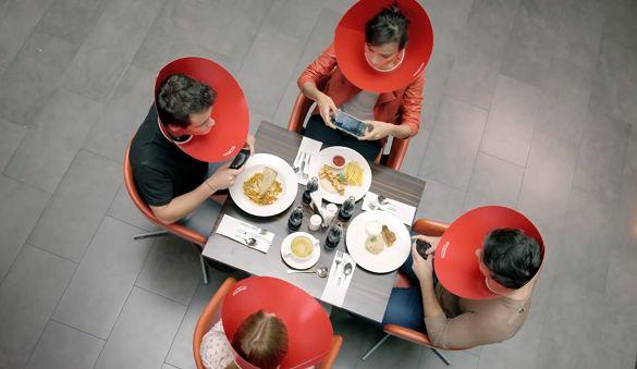 Kecanduan Sosmed Bisa Sebabkan Penyakit Ini http://ift.tt/2pTheE5  Era modern ini manusia dihadapkan dengan kemudahan mendapatkan akses komunikasi kapan pun dan dimana pun. Sosial media menjadi salah satu penemuan terpopuler yang memudahkan seseorang untuk bersosialisasi satu sama lain dan dilakukan secara online. Media ini memungkinkan manusia untuk saling berinteraksi tanpa dibatasi ruang dan waktu. Sebut saja facebook twitter instagram dan banyak macam media sosial lain. Demam sosmed…