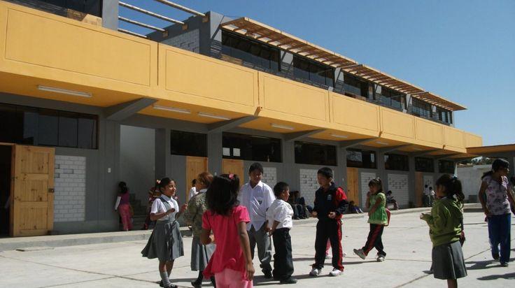 Francisco Perez Anampa School / Architecture For Humanity
