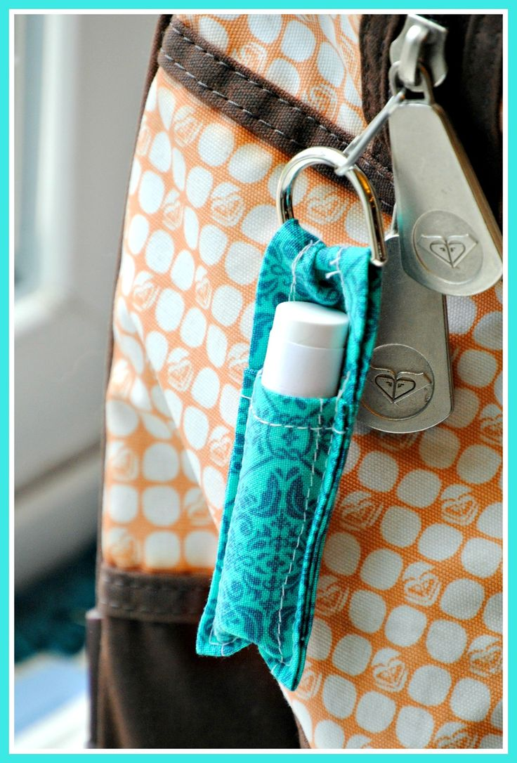 keychain chapstick holder tutoria!! Fun Keychain to keep your chapstick close by.  Check out the tutorial at redomom.com