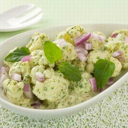 Egy finom Hideg karfioltál spenótos öntettel ebédre vagy vacsorára? Hideg karfioltál spenótos öntettel Receptek a Mindmegette.hu Recept gyűjteményében!