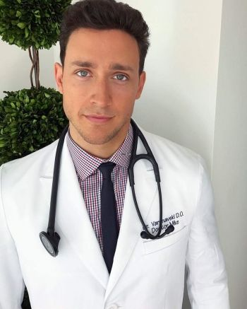 Heißer Arzt