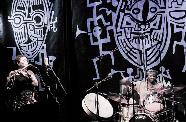 Behance :: Editing Jazz Pictures & Stage Designs from Made in Chicago Jazz Fest. autor Robert Lemke. Performed Nicole Mitchell & Hamid Drake