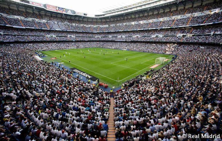El mejor estadio del mundo! The stage of perfection, where dreams come true! We will always dear to dream! #Stadium #Estadio #SantiagoBernabeu #mejor #RealMadridvsFCB #realmadrid #clasico #HalaMadrid #CR7 #CristianoRonaldo #pepe #benzema #LigaBBVA #Madridista