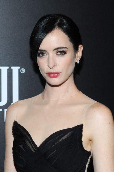 Krysten Ritter Photos Photos - Actress Krysten Ritter attends the 'Big Eyes' New York Premiere at Museum of Modern Art on December 15, 2014 in New York City. - 'Big Eyes' Premieres in NYC — Part 3