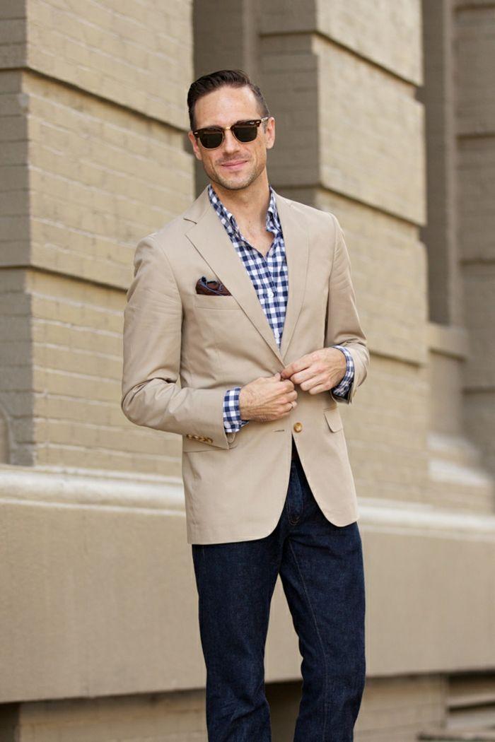 c6af7ffa97 moda-uomo-stile-casual-chic-jeans-camicia-giacca-beige-elegante-moderno