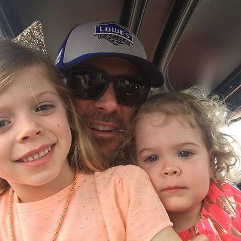 Jimmie with his girls before the Daytona 500. Feb.21/16