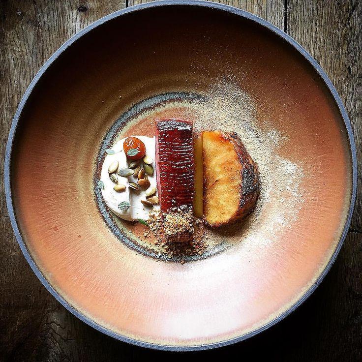 3,662 mentions J'aime, 27 commentaires – Daniel Watkins (@chefdanielwatkins) sur Instagram : « Honey & beer Glazed duck, yeasted celeriac, pumpkin #tbt #throwbackthursday #throwback #food… »