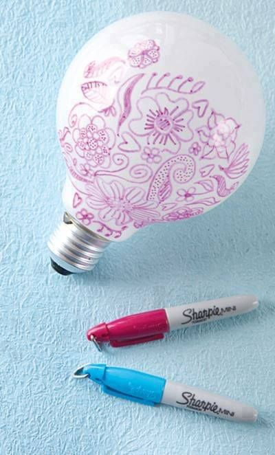 If you draw on a light bulb with Sharpie markers, your designs will be displayed around the room when you use the bulb.   For more great tips, DIYs, recipes and motivation, join: www.facebook.com/groups/StaceysHealthyFriends.  www.sfolds.sbcrotator.com