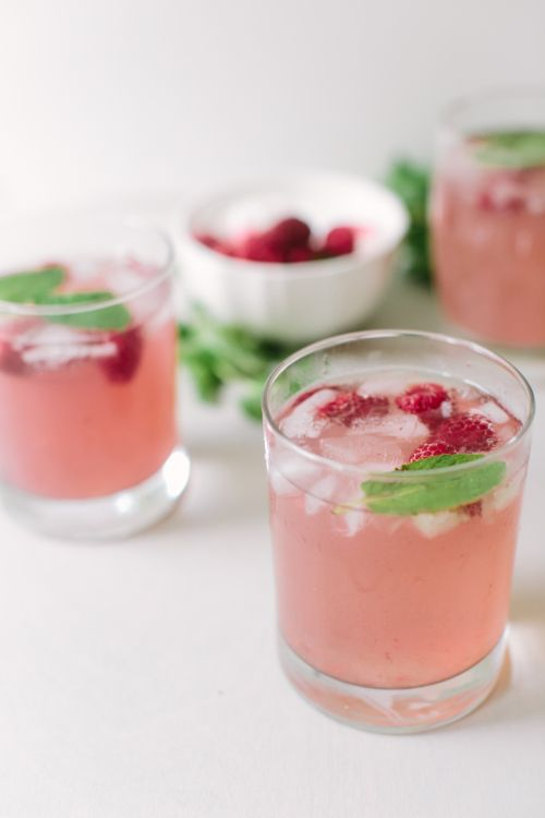 Thirsty Thursday: Raspberry Gin cocktail