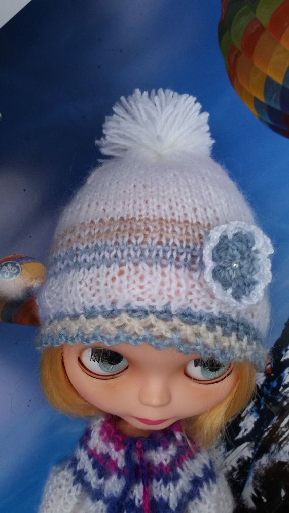blue and white HAT with pompom for BLYTHE dolls by ZomiDollClothes