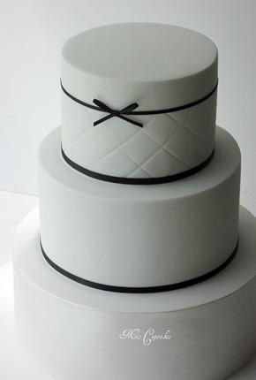 Pasteles de boda minimalistas | Fiancee Bodas