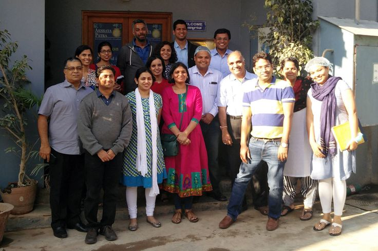 Mr Sachin Bansal (fifth from right), Co-founder and Chairman, Flipkart, poses with Team Akshaya Patra for the camera.