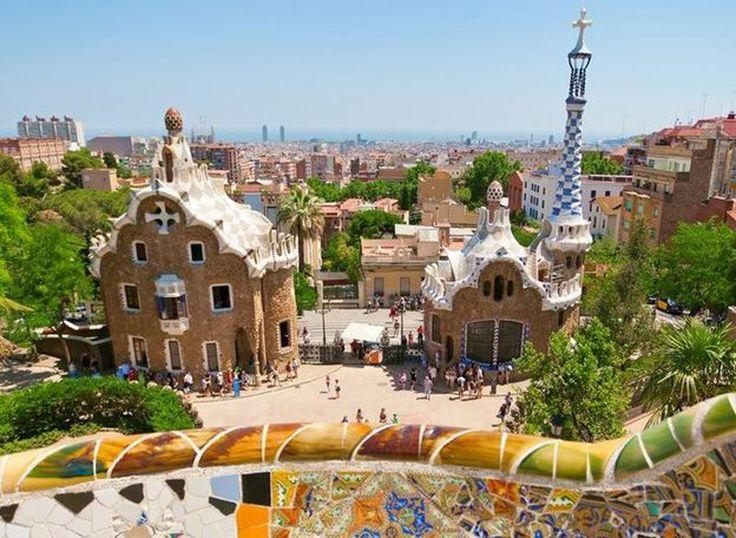 Avec ce deal de vacances vouss passez à deux 2 nuits dans un hôtel à Barcelone. Le prix comprend les nuitées et les vols pour les deux personnes.  Réserve ici ton séjour citadin: http://www.besoin-de-vacances.ch/sejour-citadin-a-barcelone-2-a-500/