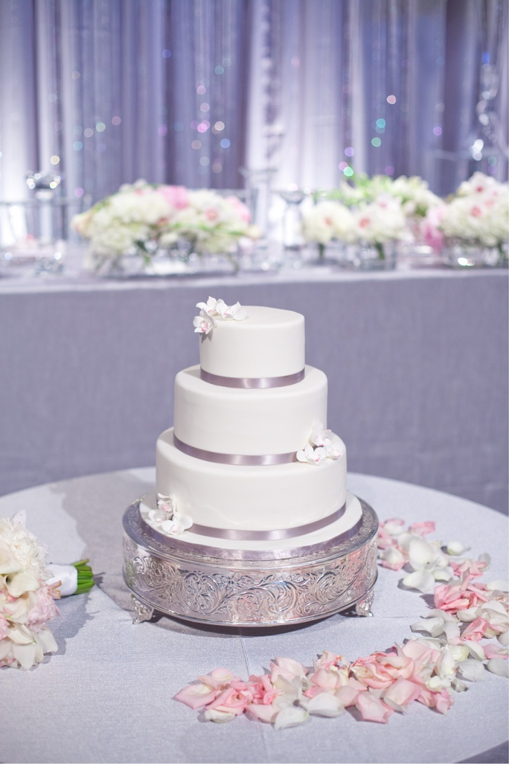 Silver And Light Pink Wedding Cake Ca 39 S Wedding Pinterest Nice We