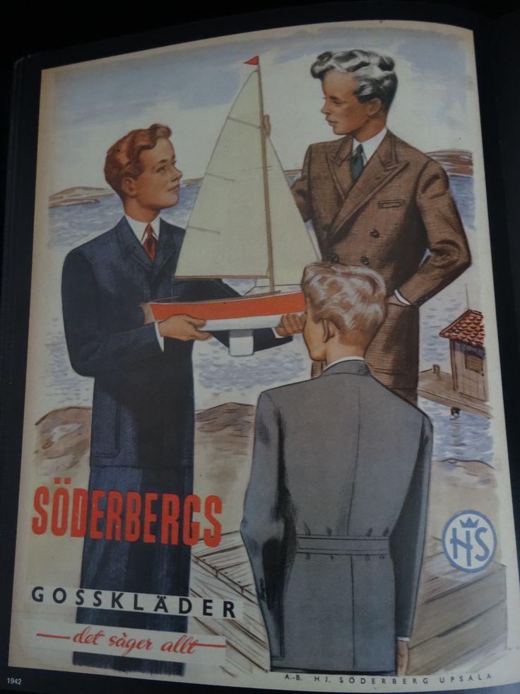 """Reklam från 1942 för """"Söderbergs gosskläder - det säger allt"""". A.-B. H J. Söderberg Upsala."""