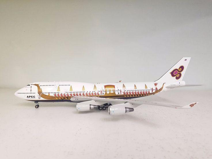 JFox Models 1:200 Boeing 747-400 Thai Royal Barge HS-TGO Ref: JF-747-4-004B #JFoxModels1200