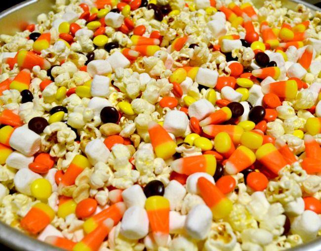 Chocolate & Vanilla Drizzled Fall Popcorn Mix yum :)
