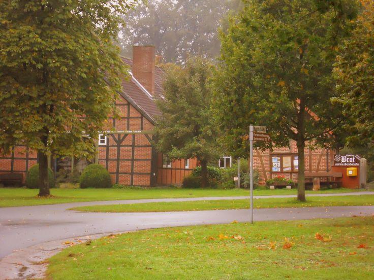 Wendland village (called `Rundling´), Germany  -  la-couronne.de