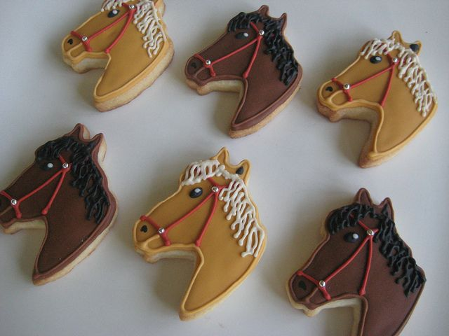 horses by sugarlily cookie, via Flickr