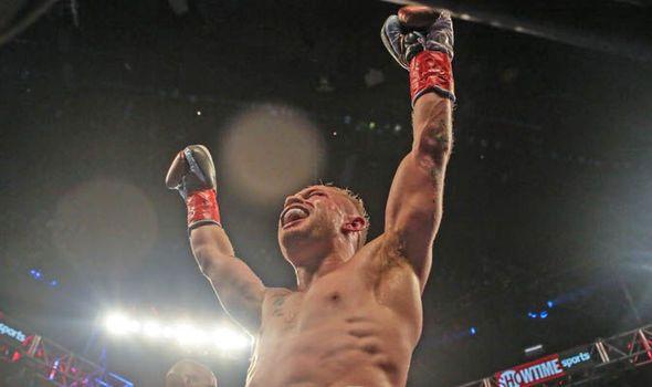 Carl Frampton set to defy advice from Shane McGuigan in fight with Leo Santa Cruz