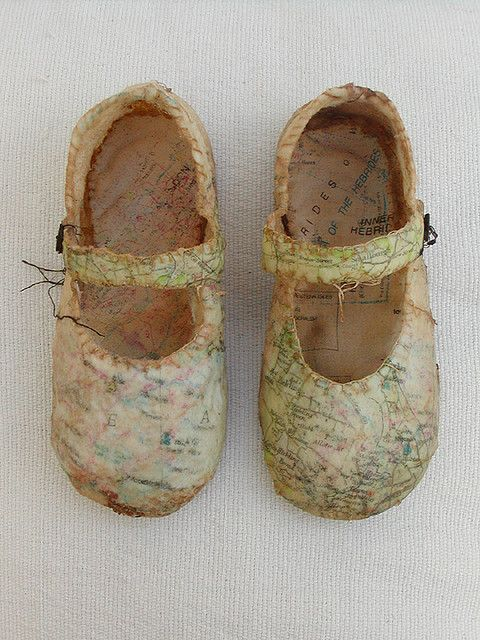 Mixed Media Shoes by Louise Richardson. Little maps on Mary Janes. It looks like she used encaustic (wax) in this process. Lovely.