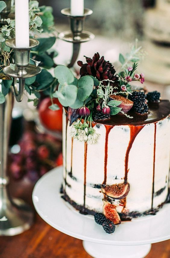 27 Naked Fall Wedding Cakes That Will Make Your Mouth Water: #26. Dripped blackberry and fig wedding cake