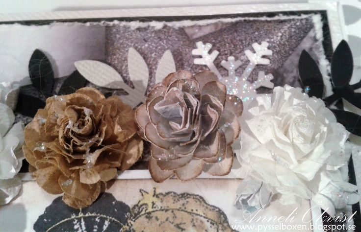 Roses white blue beige