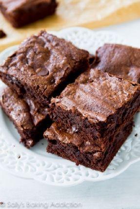 Brownie sem lactose e sem glúten, que tem apenas 85 calorias por fatia.