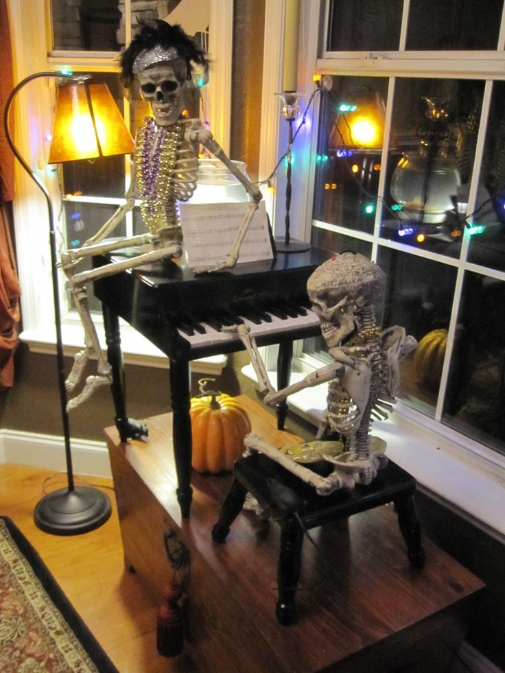 Su Du Halloween Fun!! Pinterest Recital, Skeletons and Pose - office halloween decorating ideas