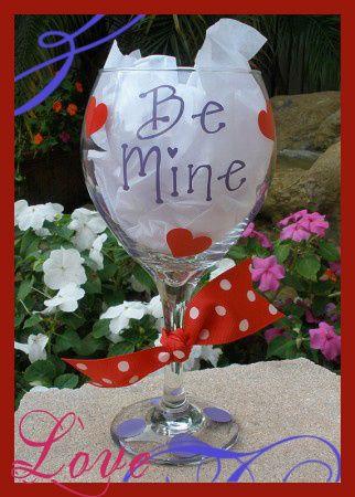 Valentines Day Wine Glasses!
