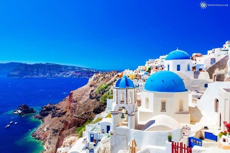 First time on Santorini? Everything you need to know about that great Greek island Santorini is not only one of the most popular Greek islands around, the world but is also the most photographed area of the country. There is a reason that so many people choose to make their vacations at this place every …