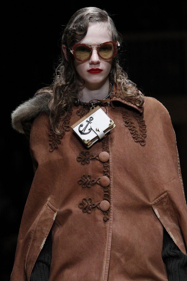 Prada Fall 2016 Ready to Wear Accessories Photos   Vogue